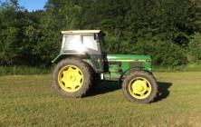 Tractor_John_Deere_3040_ 5